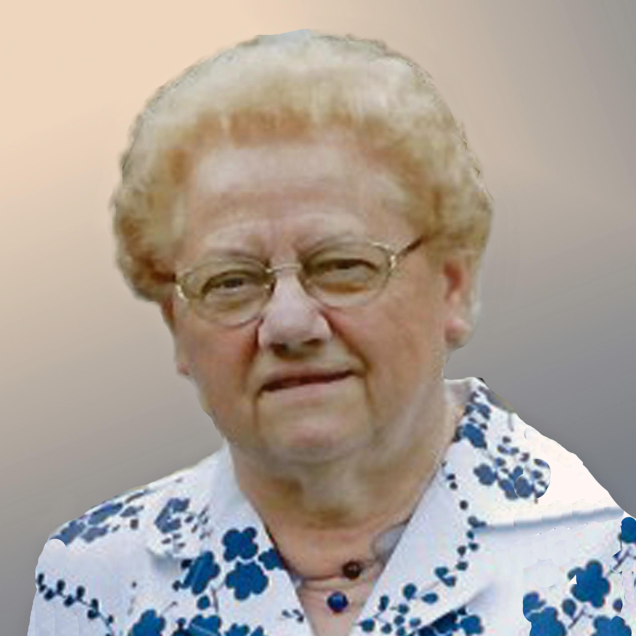 Paula Van de Plas geboren te Meerbeke op 9 februari 1936 overleden te Aalst op 19 november 2017